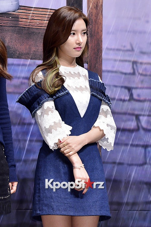 Kim So Eun Attends a Press Conference of Samsung Web Drama 'Fall in Challenge' - Oct 26, 2015key=>21 count49