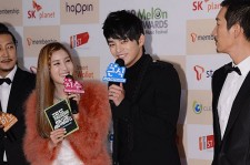 Seo In Gook Wins Best OST for '2012 Top Artists' for Melon Music Awards