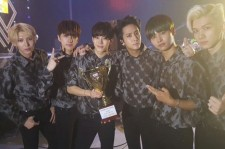 VIXX win on 'Show Champion'