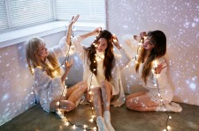 Taetiseo to release Christmas-themed album for December comeback