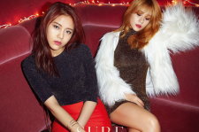 AOA's Yuna and Hyejeong sure magazine december 2015 photos