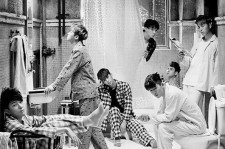 iKON 'Welcome Back' Black and White Poster