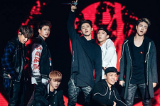 iKON at fan event on Nov. 28 in Guangzhou, China