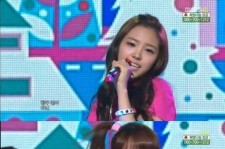 Apink in their pink jumpsuits on 'Show Music Core'