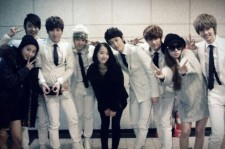 Boyfriend and Sistar look like family