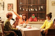 BEAST's Jang Hyunseung & A Pink's Jung Eunji, Kim Namjoo Release Making of Music Video 'A Year Ago'