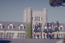 a screenshot from Gfriend's