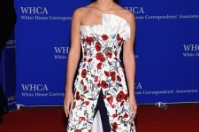 Actress Emma Watson attends the 102nd White House Correspondents' Association Dinner on April 30, 2016 in Washington, DC.