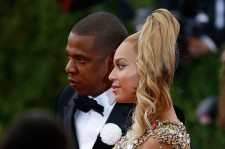 Jay -Z and Beyonce attend 'China: Through The Looking Glass' Costume Institute Benefit Gala at Metropolitan Museum of Art on May 4, 2015 in New York City.