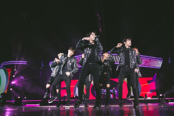 GOT7 Successfully Holds Their First Concert In Singapore [PHOTOS]key=>4 count15
