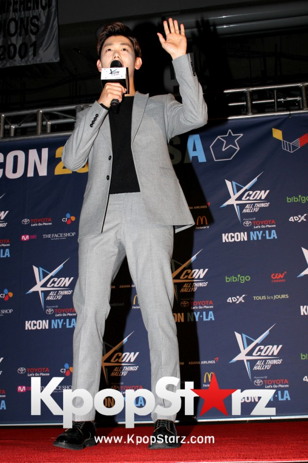 Eric Nam On KCON NY Red Carpet At The Prudential Center - June, 25 2016 [PHOTOS]key=>8 count12
