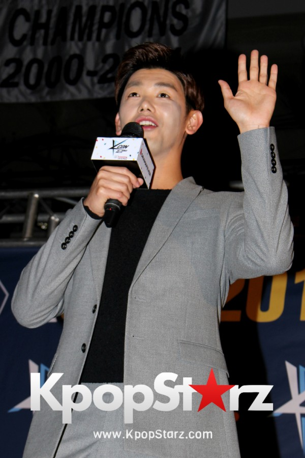 Eric Nam On KCON NY Red Carpet At The Prudential Center - June, 25 2016 [PHOTOS]key=>11 count12