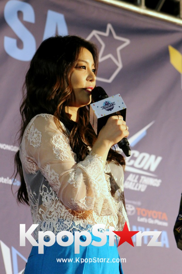 Ailee On KCON NY Red Carpet At The Prudential Center - June, 24 2016key=>19 count25