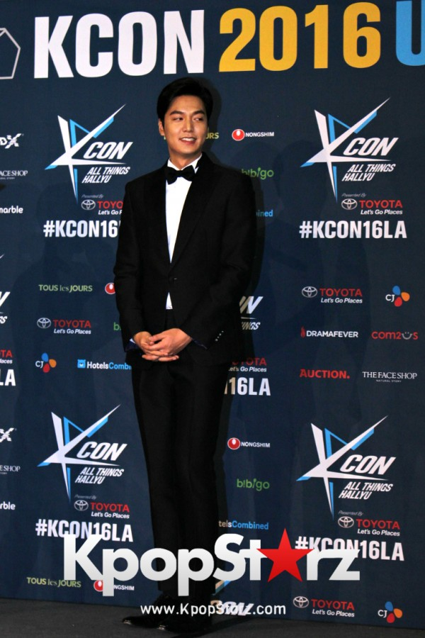 Lee Min Ho On Kcon LA Red Carpet - July, 30th 2016 [PHOTOS]key=>14 count15