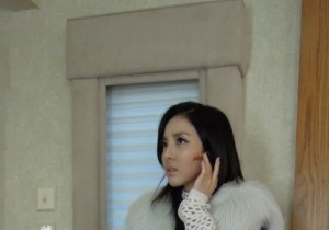 2NE1 Dara, Sexy Bodyguard? 'Perfect Figure'