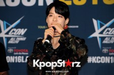 F(x)'s Amber On Kcon LA Red Carpet - July, 30th 2016 [PHOTOS]