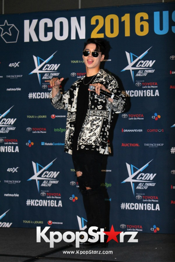 Dean On Kcon LA Red Carpet - July, 30th 2016 [PHOTOS] key=>10 count19