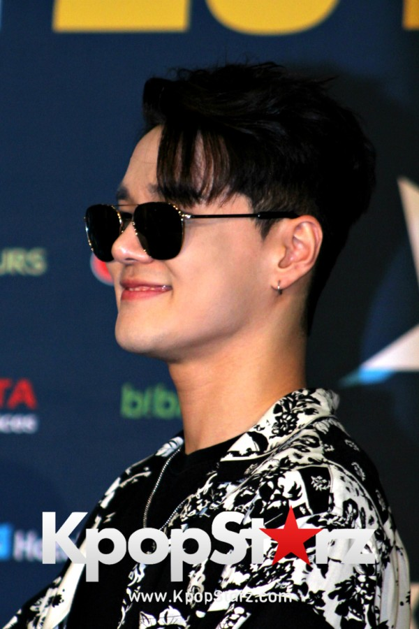 Dean On Kcon LA Red Carpet - July, 30th 2016 [PHOTOS] key=>18 count19