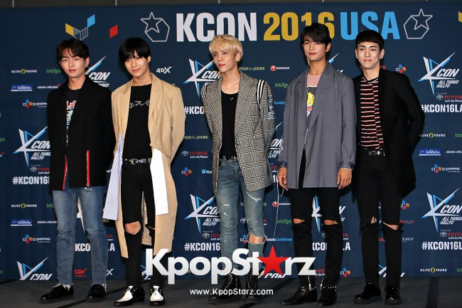 SHINee On Kcon LA Red Carpet - July, 30th 2016 [PHOTOS] key=>8 count55