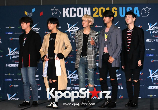 SHINee On Kcon LA Red Carpet - July, 30th 2016 [PHOTOS] key=>13 count55