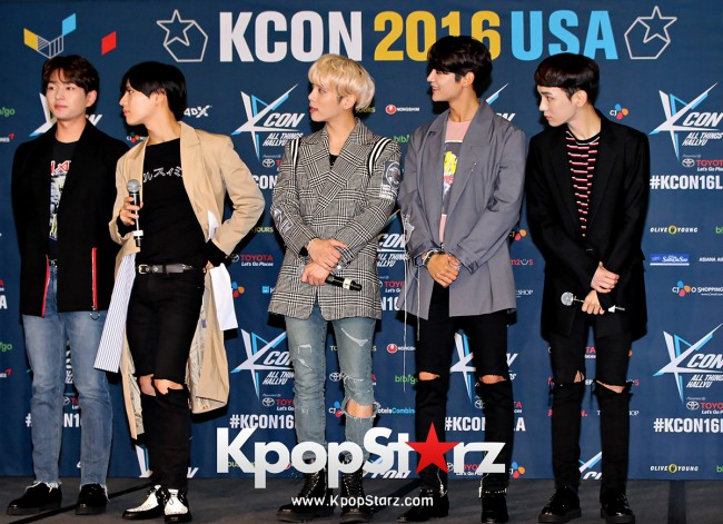 SHINee On Kcon LA Red Carpet - July, 30th 2016 [PHOTOS] key=>15 count55