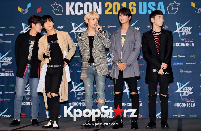 SHINee On Kcon LA Red Carpet - July, 30th 2016 [PHOTOS] key=>17 count55