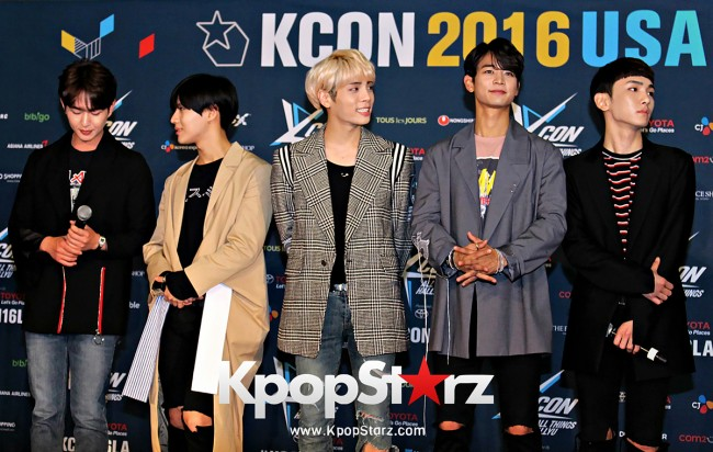 SHINee On Kcon LA Red Carpet - July, 30th 2016 [PHOTOS] key=>18 count55