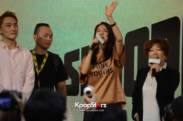 Song Ji Hyo at SHOOPEN grand opening in Malaysiakey=>1 count33