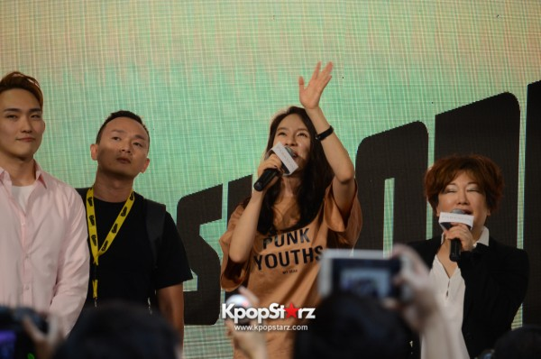 Song Ji Hyo at SHOOPEN grand opening in Malaysiakey=>2 count33