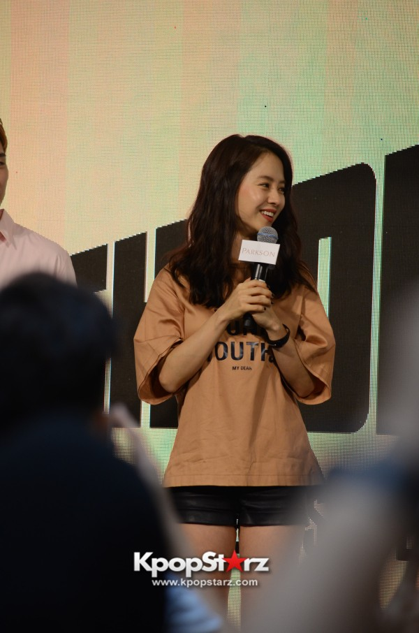 Song Ji Hyo at SHOOPEN grand opening in Malaysiakey=>14 count33