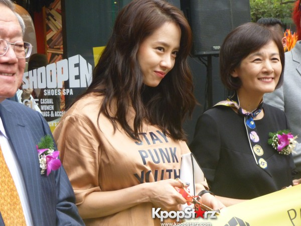 Song Ji Hyo at SHOOPEN grand opening in Malaysiakey=>22 count33