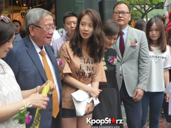 Song Ji Hyo at SHOOPEN grand opening in Malaysiakey=>25 count33