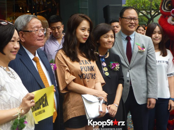 Song Ji Hyo at SHOOPEN grand opening in Malaysiakey=>29 count33
