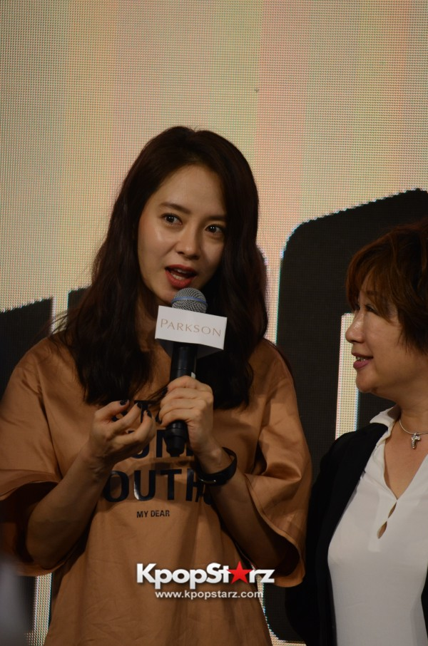 Song Ji Hyo at SHOOPEN grand opening in Malaysiakey=>32 count33
