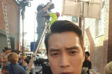 "Joo Sang-Wook takes a selfie at the set of the JTBC drama ""Fantastic."""