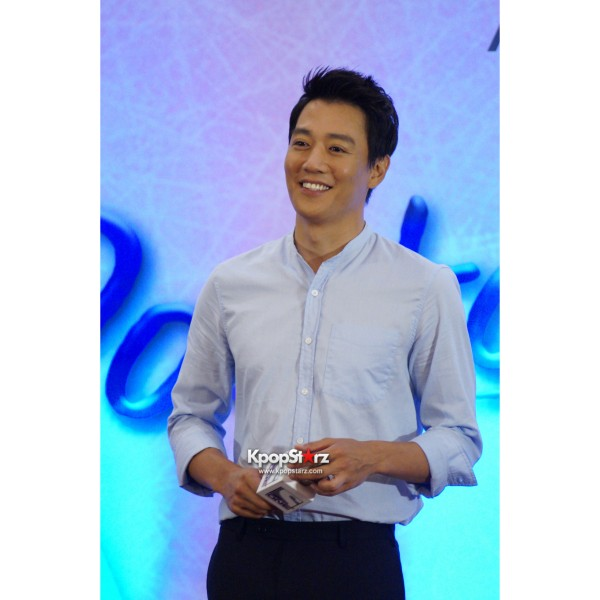 Kim Rae Won meets fans in Malaysiakey=>0 count28