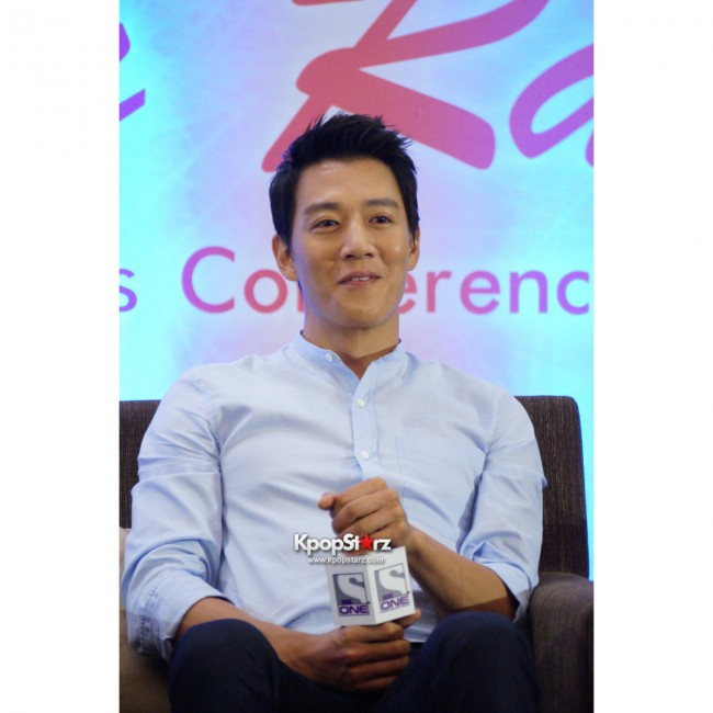 Kim Rae Won meets fans in Malaysiakey=>7 count28