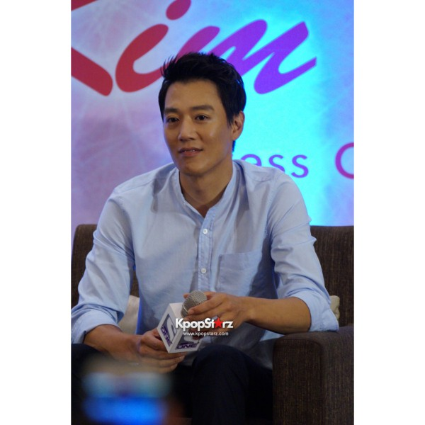 Kim Rae Won meets fans in Malaysiakey=>8 count28