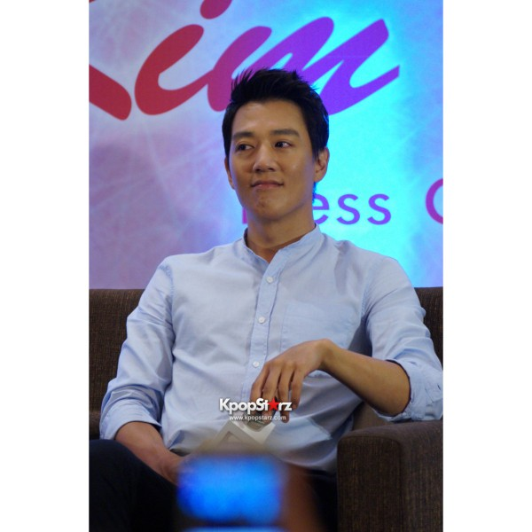 Kim Rae Won meets fans in Malaysiakey=>16 count28