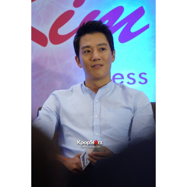 Kim Rae Won meets fans in Malaysiakey=>18 count28