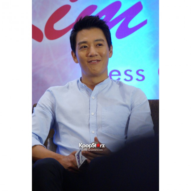 Kim Rae Won meets fans in Malaysiakey=>20 count28