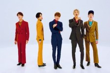 SHINee in their new music video