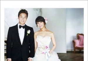 Wonder Girls Sun Reveals another Wedding Picture, 'Hands Held Tightly'