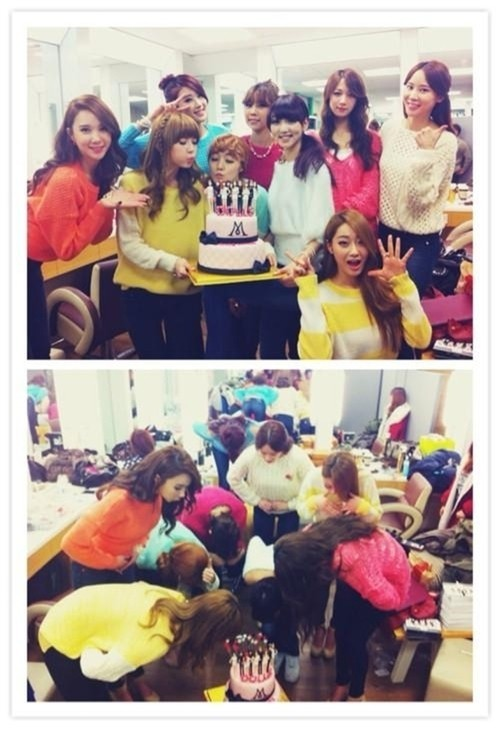 9Muses, Cute Group Picture In Celebration of New Albumkey=>0 count1