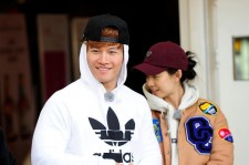 "Kim Jong-Kook and Song Ji-Hyo from ""Running Man"" variety show."