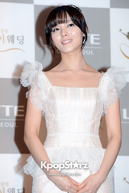 Wonder Girls Sunye's Wedding Press Conference at Seoul Lotte Hotelkey=>4 count17