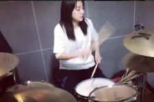 Sandara Park drum