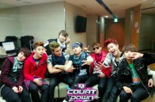 Super Junior Unveils Image of Group Backstage, 'Looking Playful'? [PHOTO]