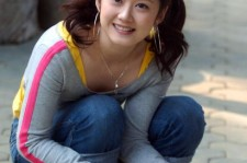 Jang Nara looking really young at her 37-year-old age.