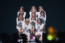 TWICE Put Up A Spectacular Show In Singapore